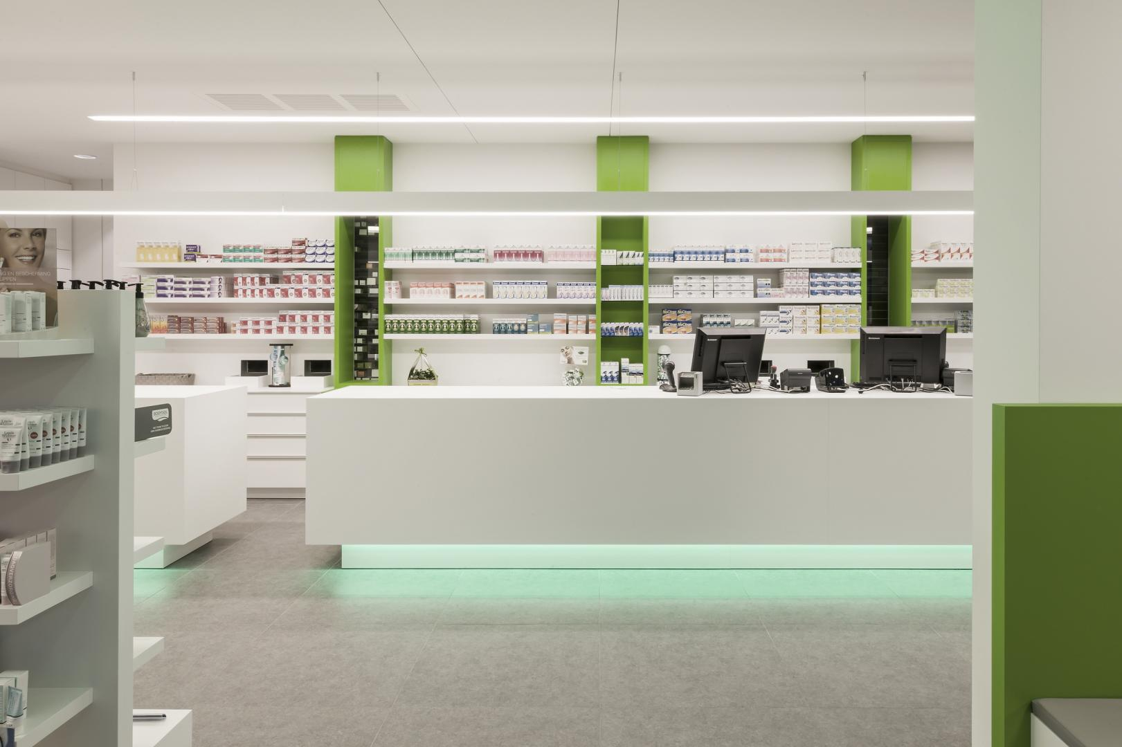 Apotheek pharmapunt jacobs interieur bree