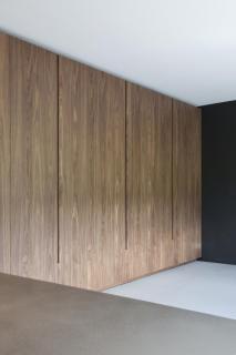 Keuken kastenwand notenfineer