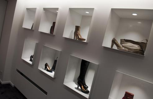 Moderne wand schoenenwinkel